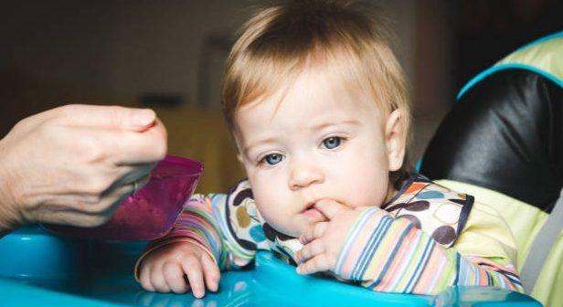 Alimentation : Pourquoi bébé ne veut pas manger ?